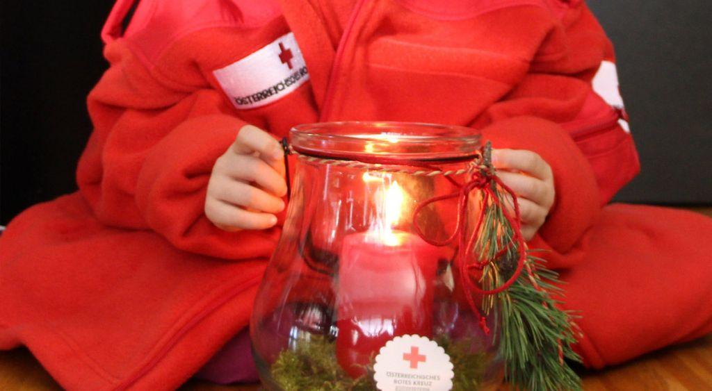 ORF Friedenslicht aus Bethlehem steht am 24. beim Roten Kreuz bereit