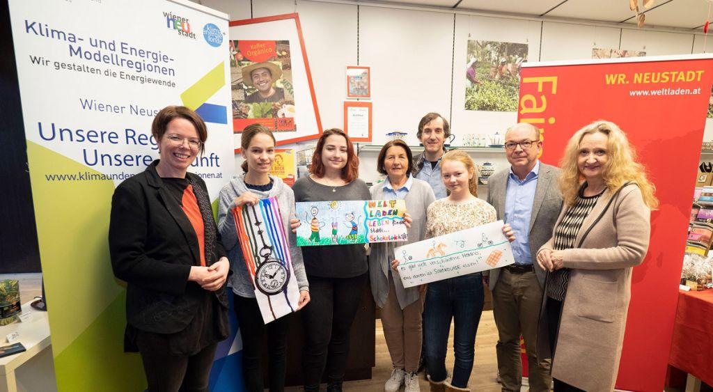 """""""Fairtrade""""-Bildwettbewerb: Kunstwerke für Zotter-Schokoschlaufen"""