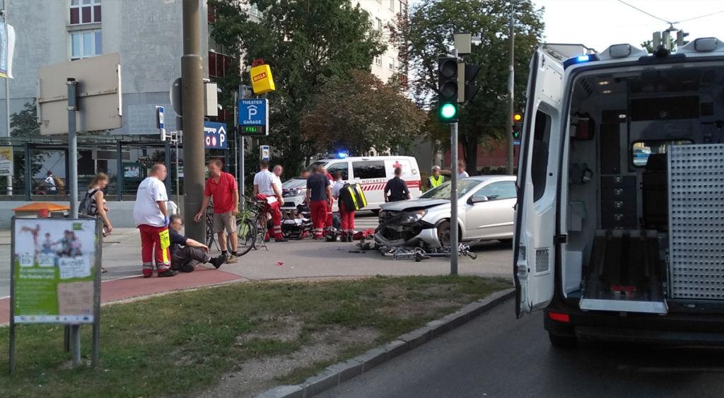 Verkehrsunfall in der Innenstadt – 2 Verletzte